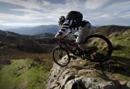 5 conseils pourvoyager léger avec son vélo