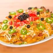 Nachos grande et tortilla aux pommes de terre et aux courgettes