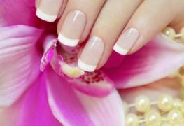 5 éléments essentiels au soin des ongles