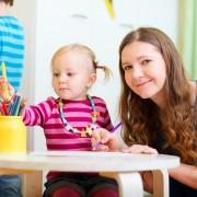 Conseils pour choisir un gardien de maison pour des vacances sans souci