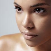Astuces pourapaiser une peau grasse et enflammée
