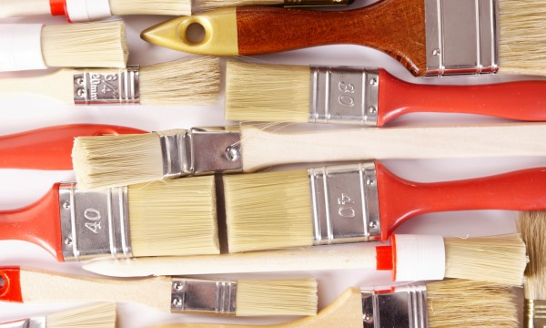 Conseils simples pour nettoyer les pinceaux et les accessoires de peinture