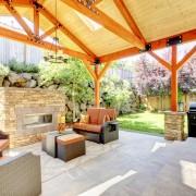 Construire uneterrasseou un porche: choix du matériau et des produits de finitions