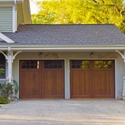 Ce qu'il faut savoir sur les portes de garage coulissantes