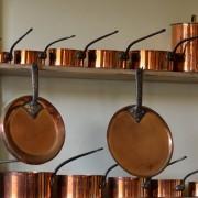 Des méthodesd'entretien naturelles pour les chaudrons et les casseroles