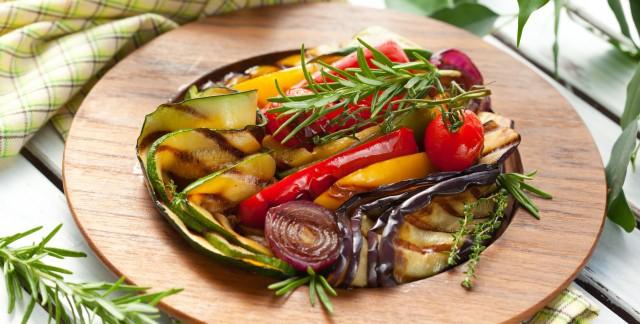 2 salades chaudes délicieusementbonnes pour la santé