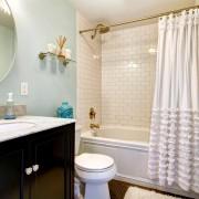 Conseils avéréspour garder propres les douches et les rideaux de douche