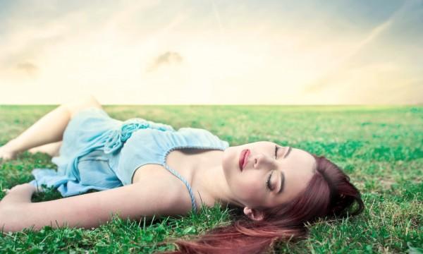 Les 6 avantages beauté du sommeil réparateur