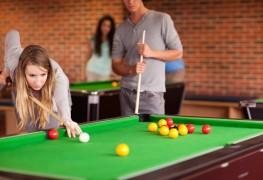 Étapes faciles pour jouer au billard et au snooker