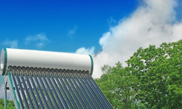Les avantages des chauffe-eaux solaires