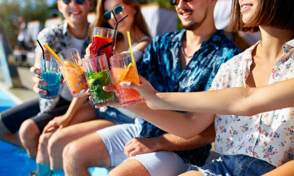 7 recettes de cocktails d'été pour une ambiance de vacances