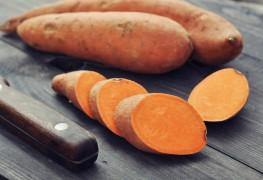 Aliments qui luttent contrel'arthrite: les patates douces et le fromage