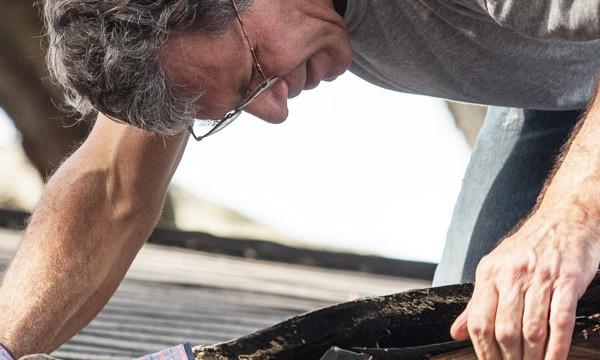 Le feutre goudronné pour réparer la toiture