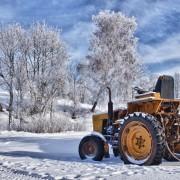 Changez les lames de votre tracteur et remisez-lepour l'hiver