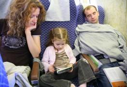 Voyager en avion avec les enfants sans perdre son sang froid