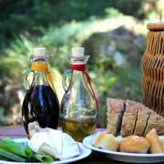 Comment faire vos propres vinaigres et huiles aromatisés