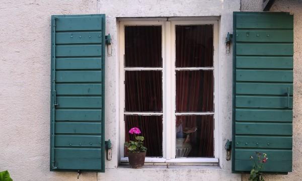 5 conseils pour réparer les fenêtres à guillotine double