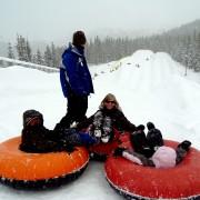 8 activités familiales hivernales amusantes et gratuites