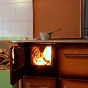 Avantages et inconvénients des différents fours à bois
