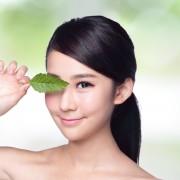 4 façons de prendre soin du contour des yeux